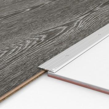 Порог алюминиевый декоративный П40 40х2,5х0,9 м серебро