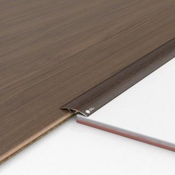 Порог алюминиевый декоративный ПКс40 39х5,4х2,7м венге